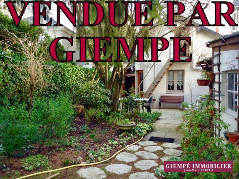 Vente maison / villa Nantes 372 600€ - Photo 1