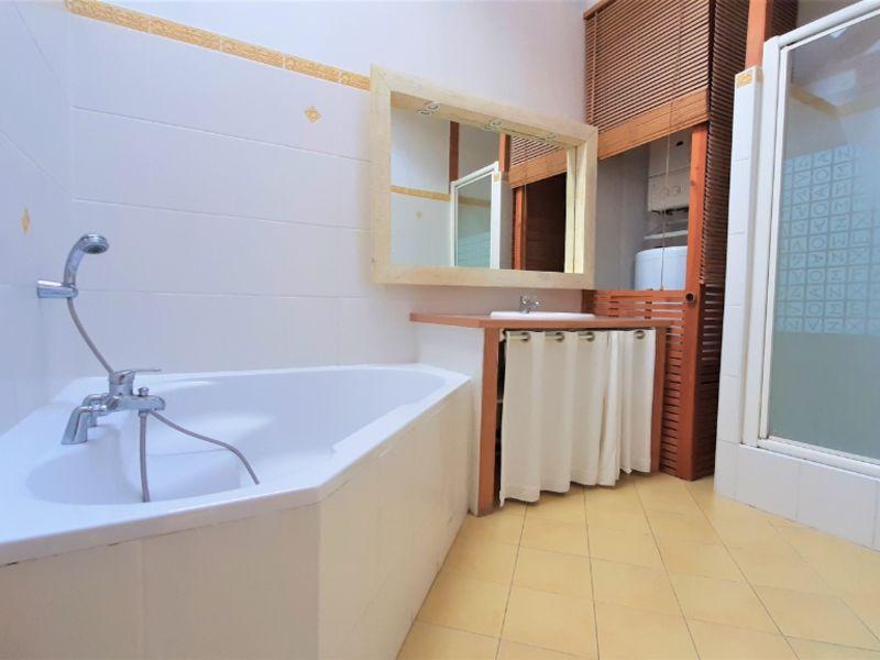Sale apartment Pau 207500€ - Picture 4
