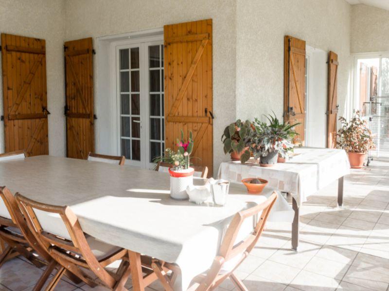 Sale house / villa Bordes 300000€ - Picture 2