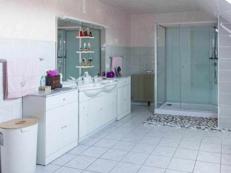 Sale house / villa Bordes 300000€ - Picture 3