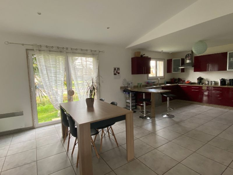 Sale house / villa Nay 213500€ - Picture 2
