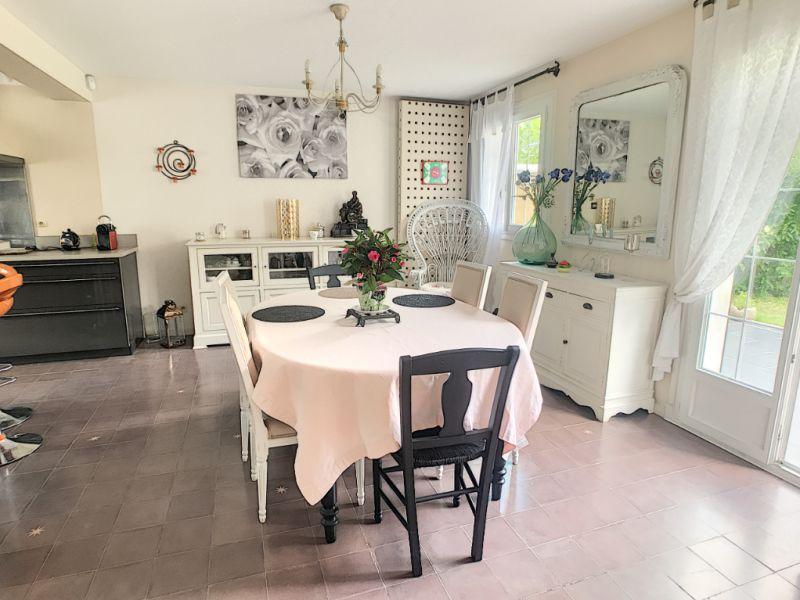 Sale house / villa Le mee sur seine 380000€ - Picture 1
