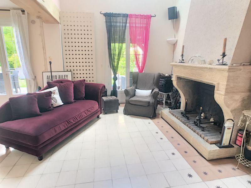Sale house / villa Le mee sur seine 380000€ - Picture 2
