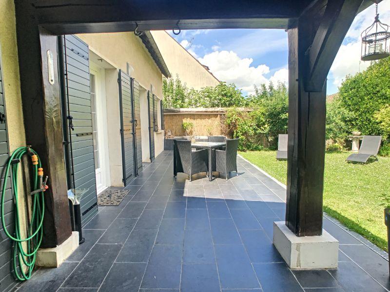 Sale house / villa Le mee sur seine 380000€ - Picture 6