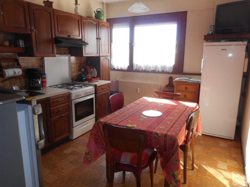 Vente appartement Lons le saunier 100000€ - Photo 2