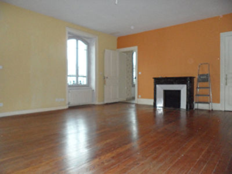 Sale apartment Lons le saunier 156 000€ - Picture 1