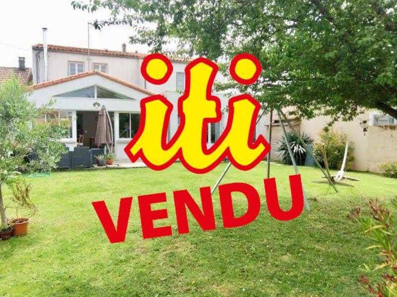 Sale house / villa Les sables d'olonne 663500€ - Picture 1