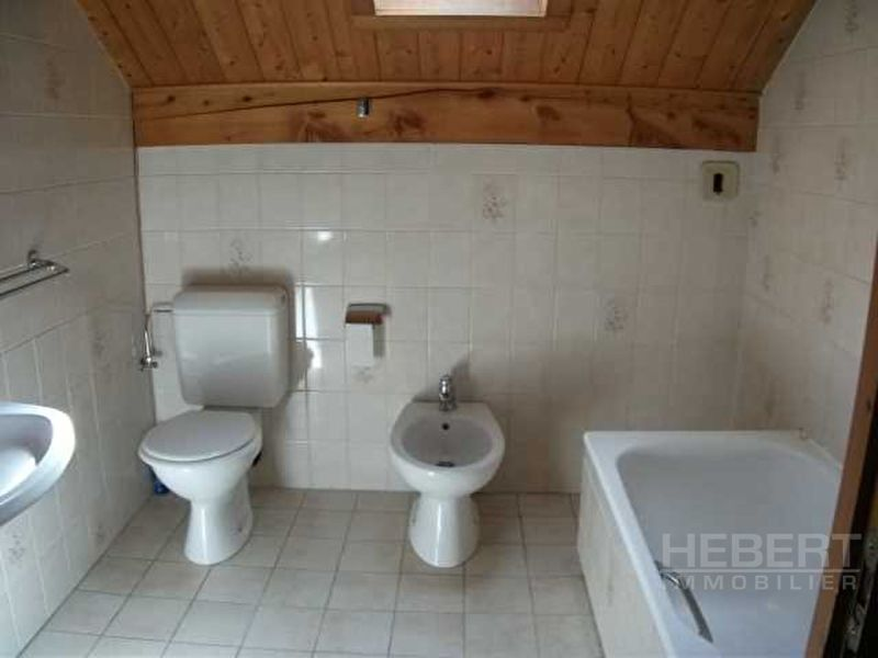 Rental apartment Sallanches 743€ CC - Picture 3