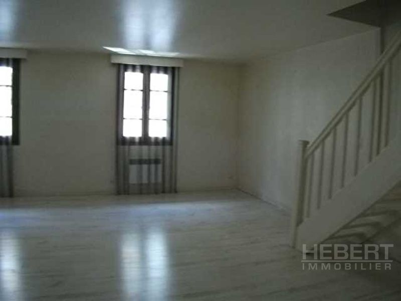 Rental apartment Sallanches 743€ CC - Picture 5