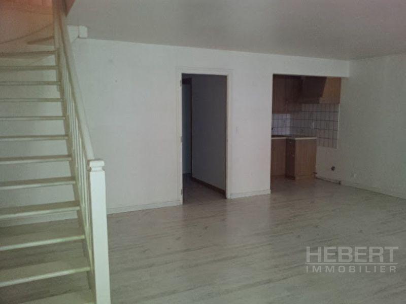 Affitto appartamento Sallanches 743€ CC - Fotografia 6