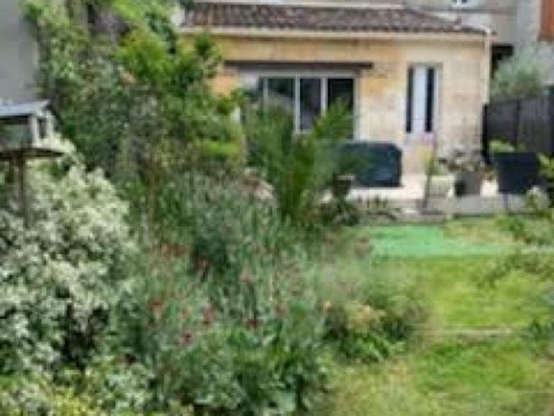 Vente maison / villa Blaye 144 000€ - Photo 1