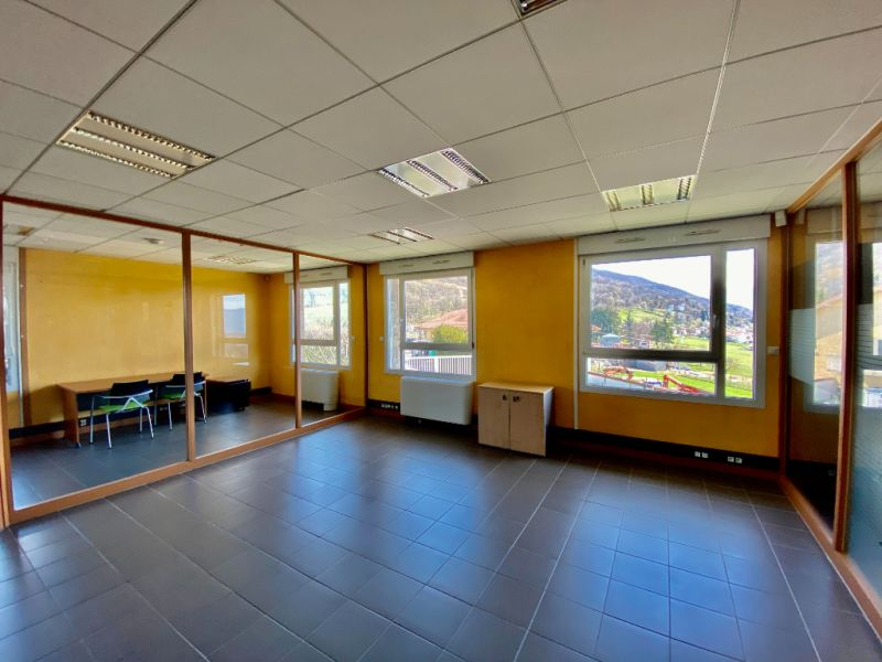 Rental office La murette 2 650,25€ CC - Picture 2