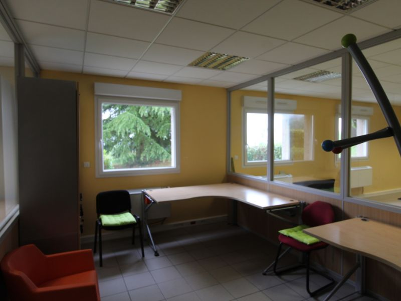 Rental office La murette 2 650,25€ CC - Picture 6