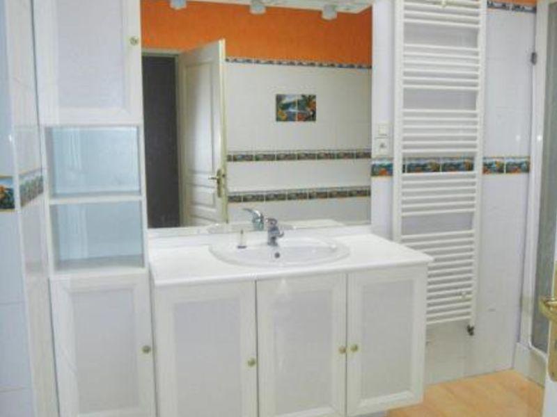 Location appartement Cognac 770€ CC - Photo 9