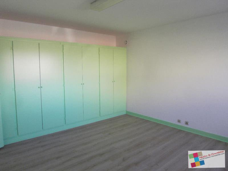 Location local commercial Chateaubernard 590€ HC - Photo 2