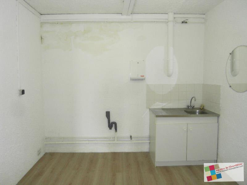 Location local commercial Chateaubernard 590€ HC - Photo 8
