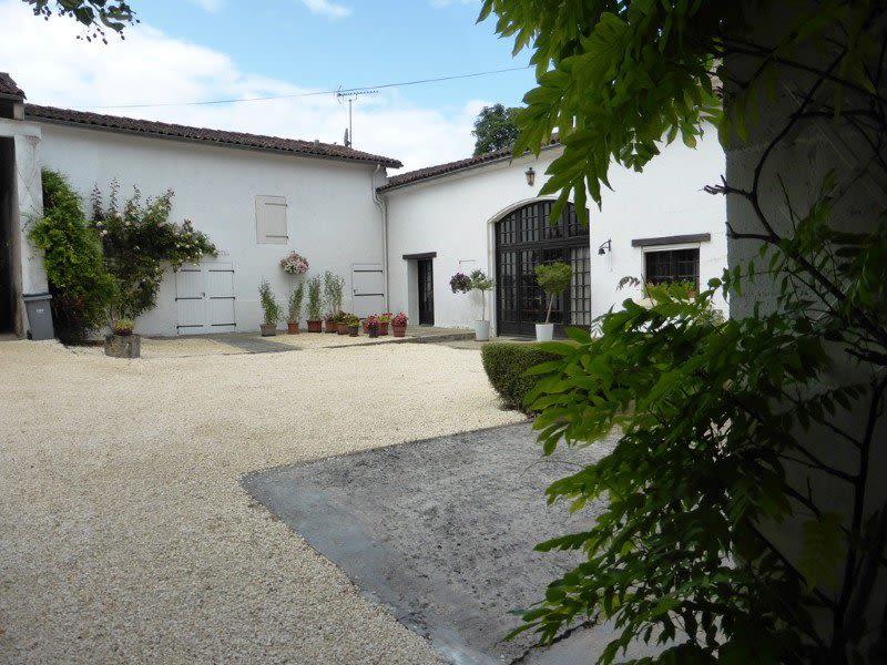 Vente maison / villa Graves 397500€ - Photo 6