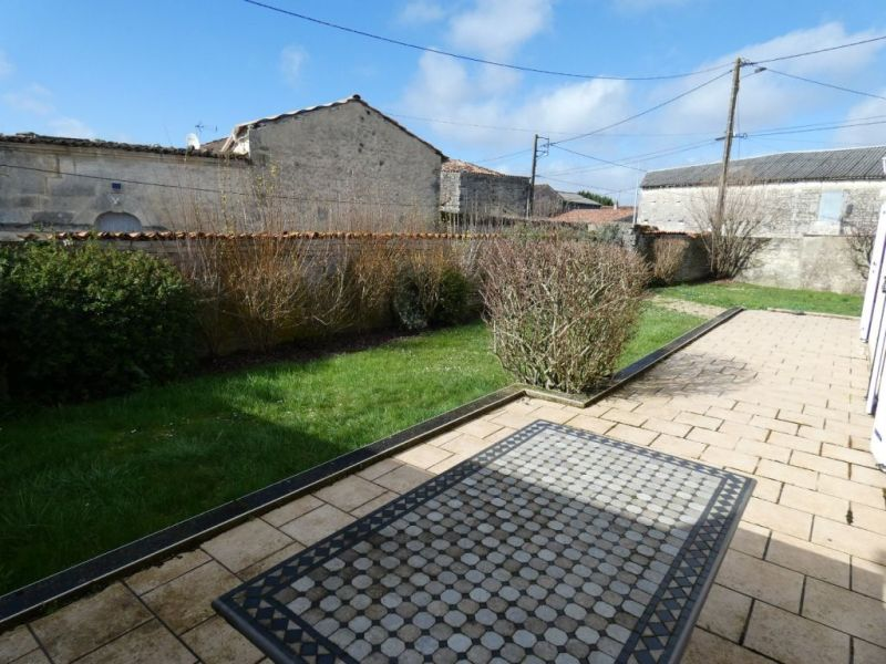 Sale house / villa Houlette 197 950€ - Picture 2