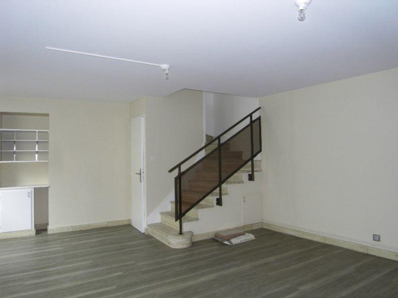 Rental house / villa Segonzac 406€ CC - Picture 2