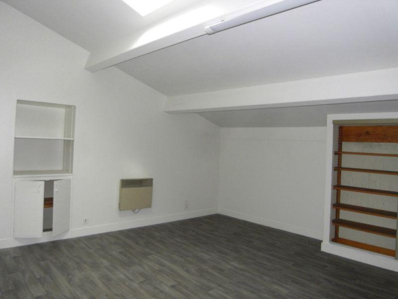 Rental house / villa Segonzac 406€ CC - Picture 4