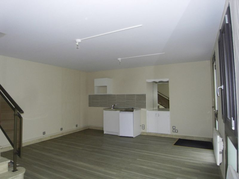 Rental house / villa Segonzac 406€ CC - Picture 7