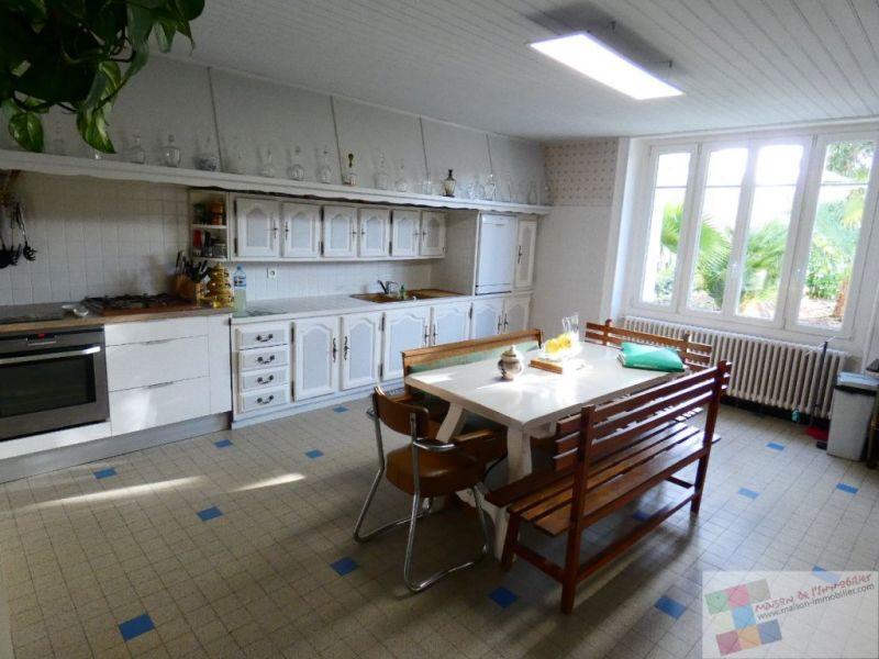 Sale house / villa St meme les carrieres 304950€ - Picture 6