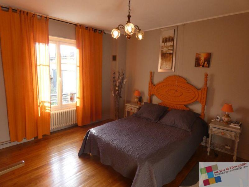 Sale house / villa St meme les carrieres 304950€ - Picture 10