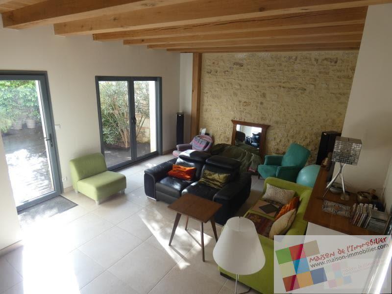 Sale house / villa Saint sauvant 256800€ - Picture 1