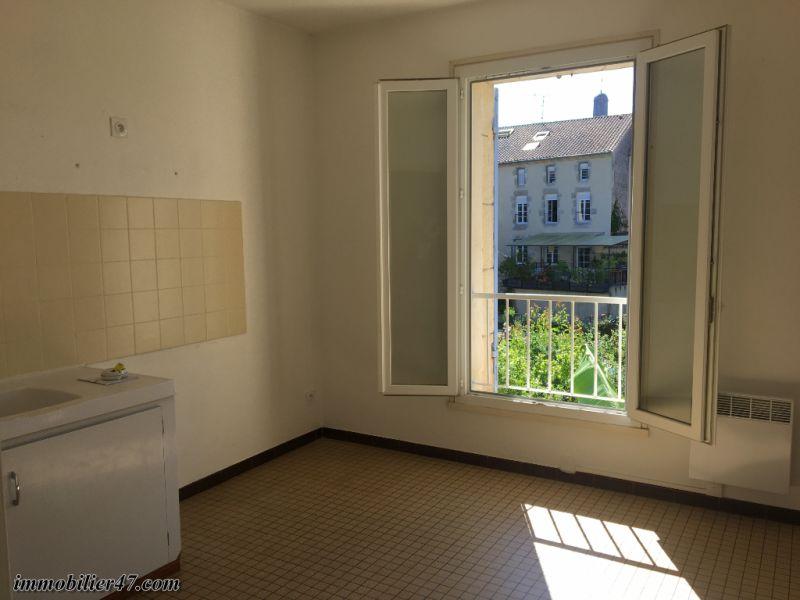 Location appartement Castelmoron sur lot 390€ CC - Photo 5