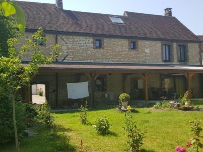 Vente maison / villa Chassy 245 000€ - Photo 3