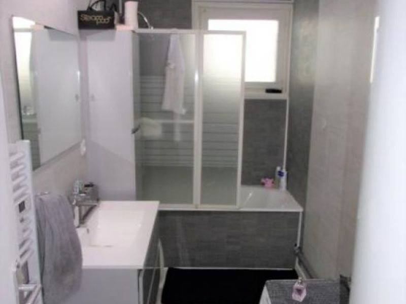Sale apartment Thiers 75 950€ - Picture 7
