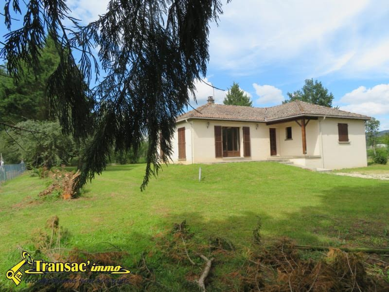 Sale house / villa Puy guillaume 165 075€ - Picture 1