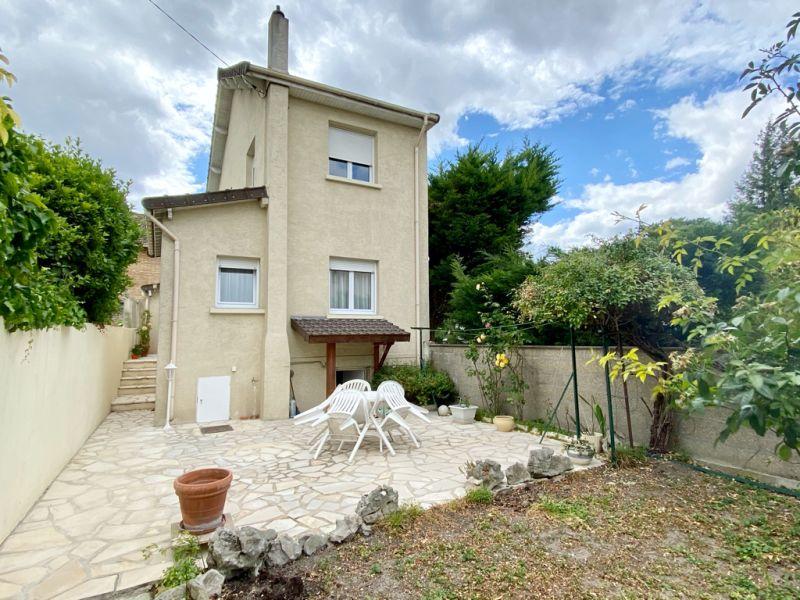 Vente maison / villa Carrieres sur seine 645000€ - Photo 1