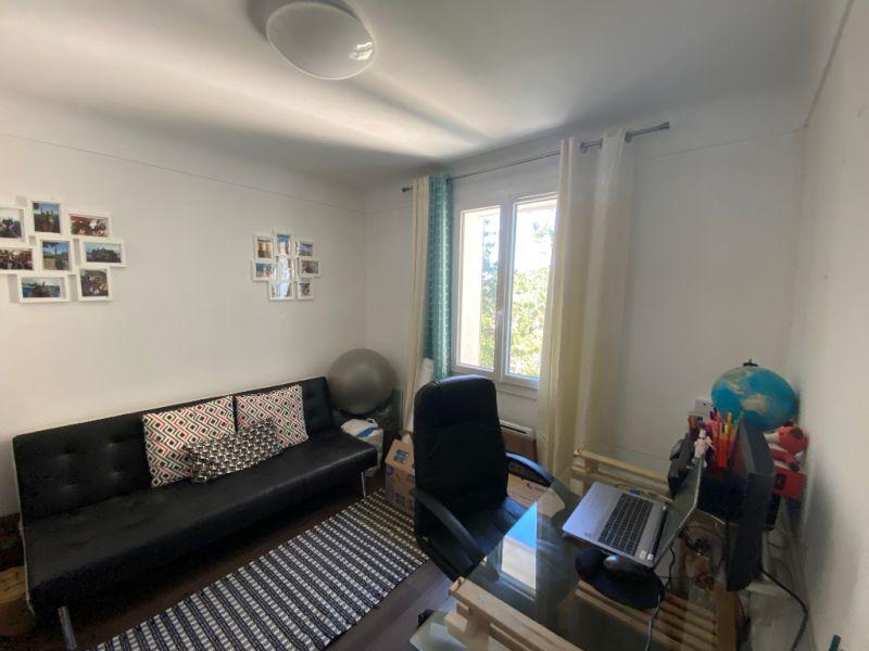 Rental apartment Les milles 910€ CC - Picture 4