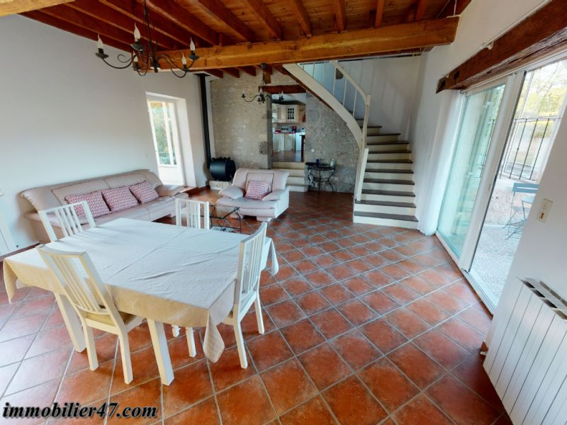 Vente maison / villa Laugnac 379000€ - Photo 2