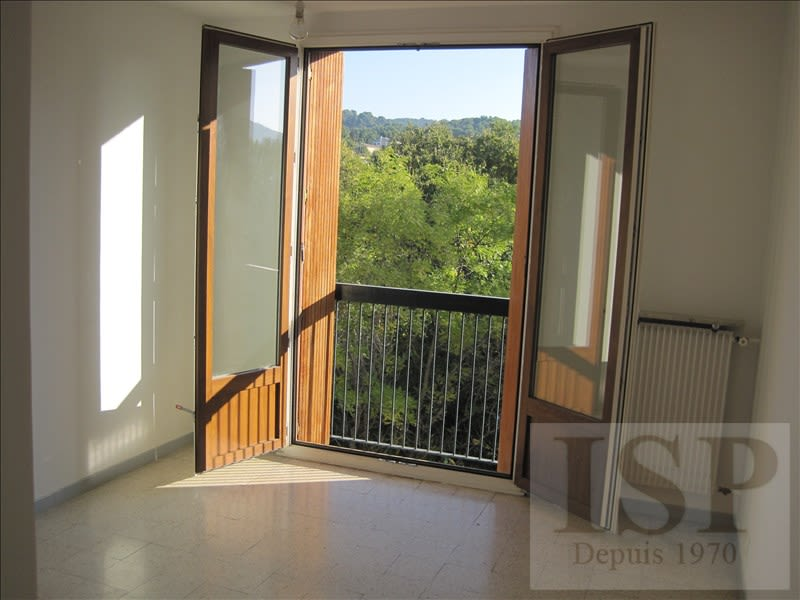 Rental apartment Aix en provence 810€ CC - Picture 2