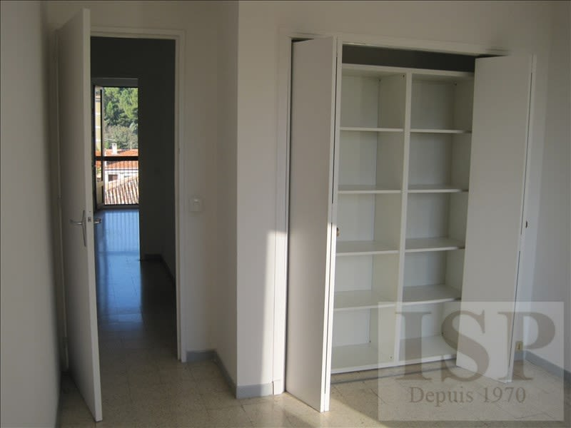 Rental apartment Aix en provence 810€ CC - Picture 4