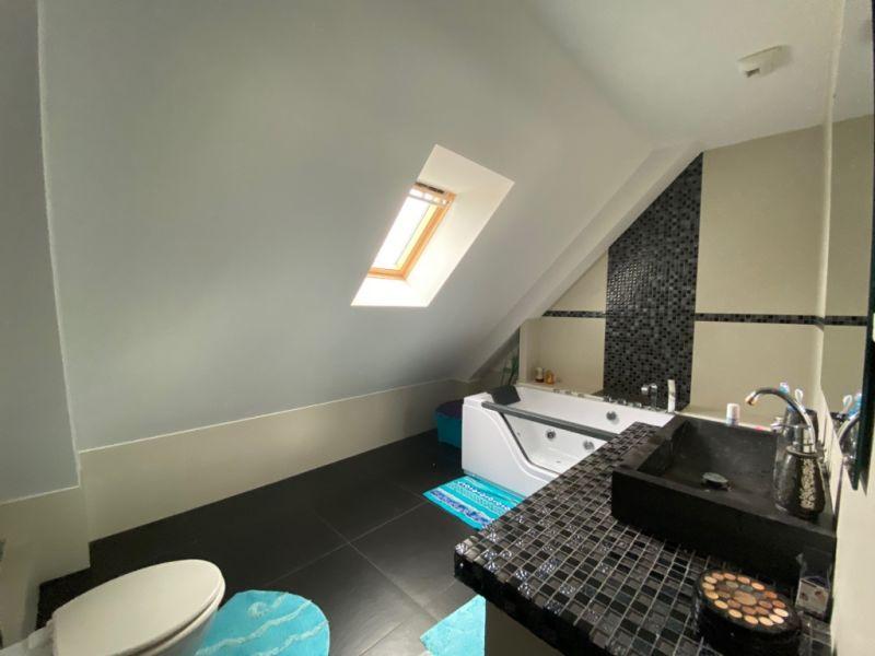 Sale house / villa Saint meloir des ondes 299728€ - Picture 2