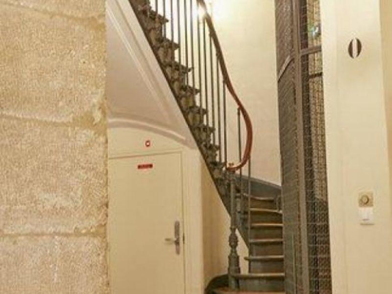 Rental empty room/storage Paris 2ème 2750€ HC - Picture 4