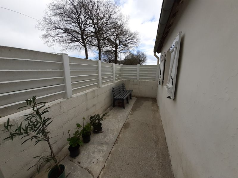 Sale house / villa Saint hernin 36 500€ - Picture 2