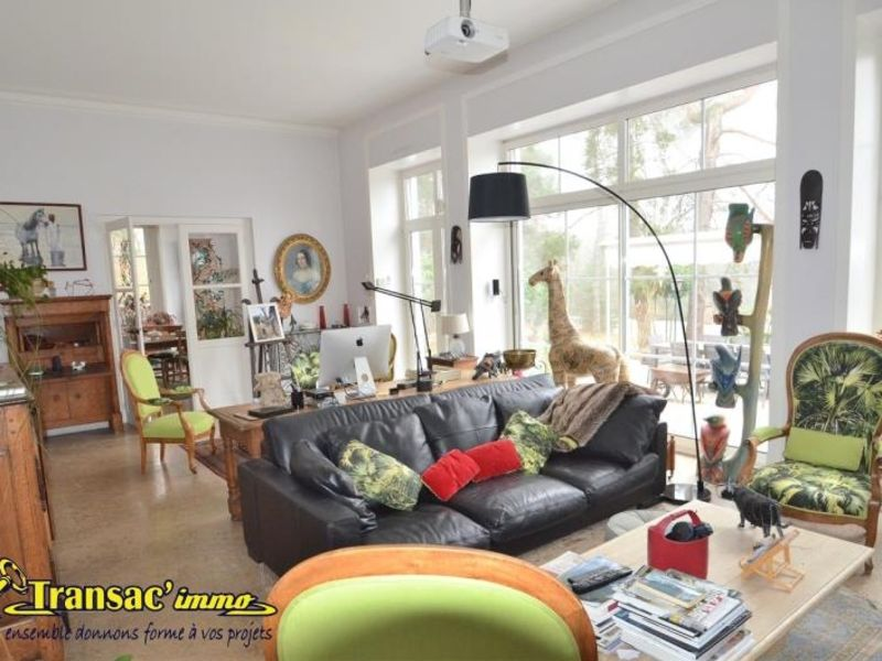 Sale house / villa Puy guillaume 274300€ - Picture 5