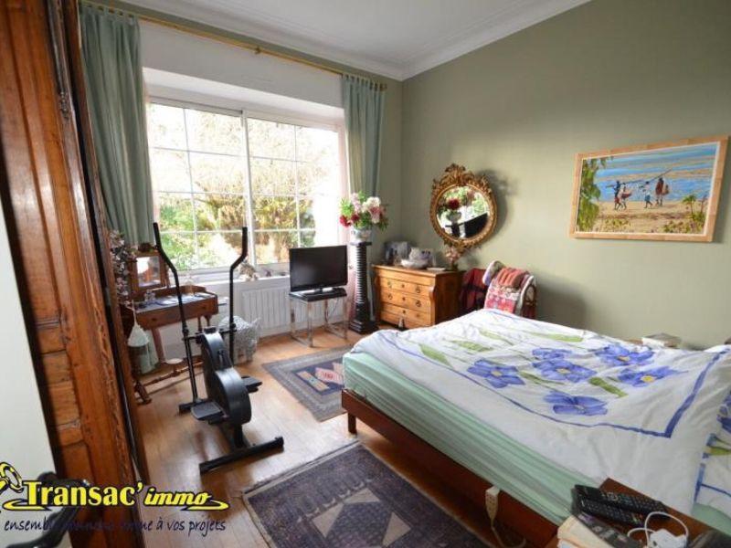 Sale house / villa Puy guillaume 274300€ - Picture 9