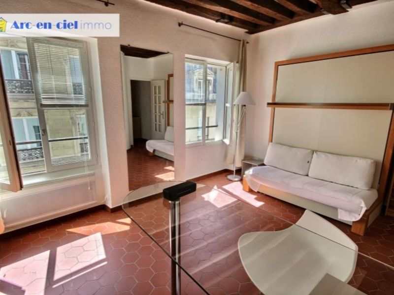 Paris 01 - 1 pièce(s) - 25.1 m2 - 4ème étage