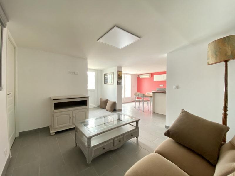 Location appartement Corneilhan 620€ CC - Photo 3