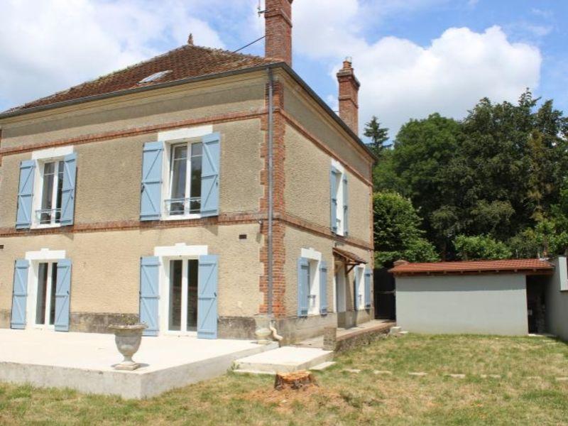 Sale house / villa La ferte gaucher 195000€ - Picture 1