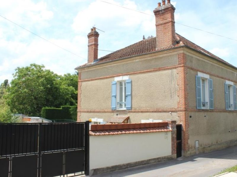 Sale house / villa La ferte gaucher 195000€ - Picture 10