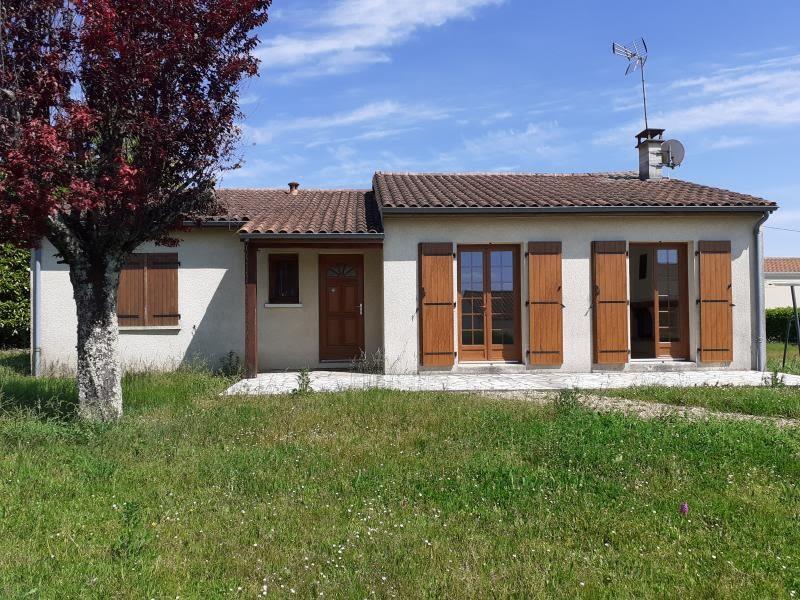 Vente maison / villa Puymoyen 157290€ - Photo 1
