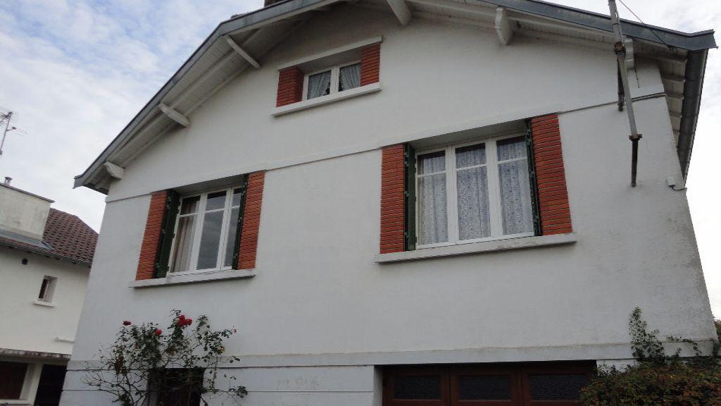 2 Rue Lucien Penat