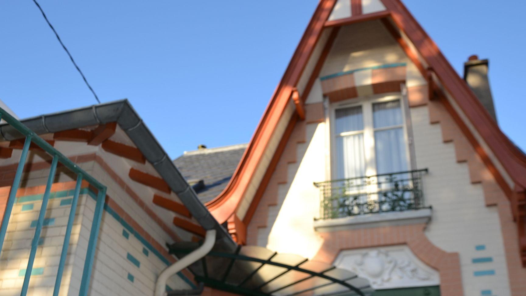- - Rue du Maréchal Joffre