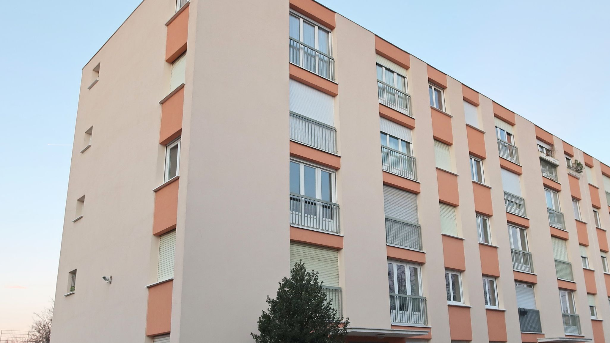 24 Rue Georges Lavier